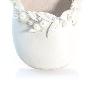 VIBYS WHITE FOREST handmade soft soled white leather baby shoes