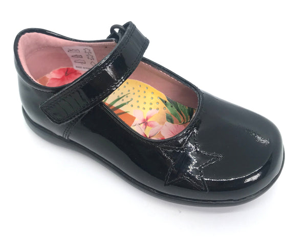 Benilde School Shoes
