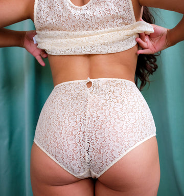 Lace Cream High Waisted Shorts