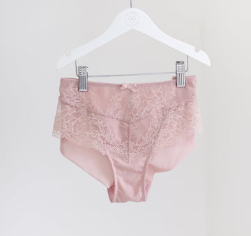 Lace seam-free brief [Vintage Rose]