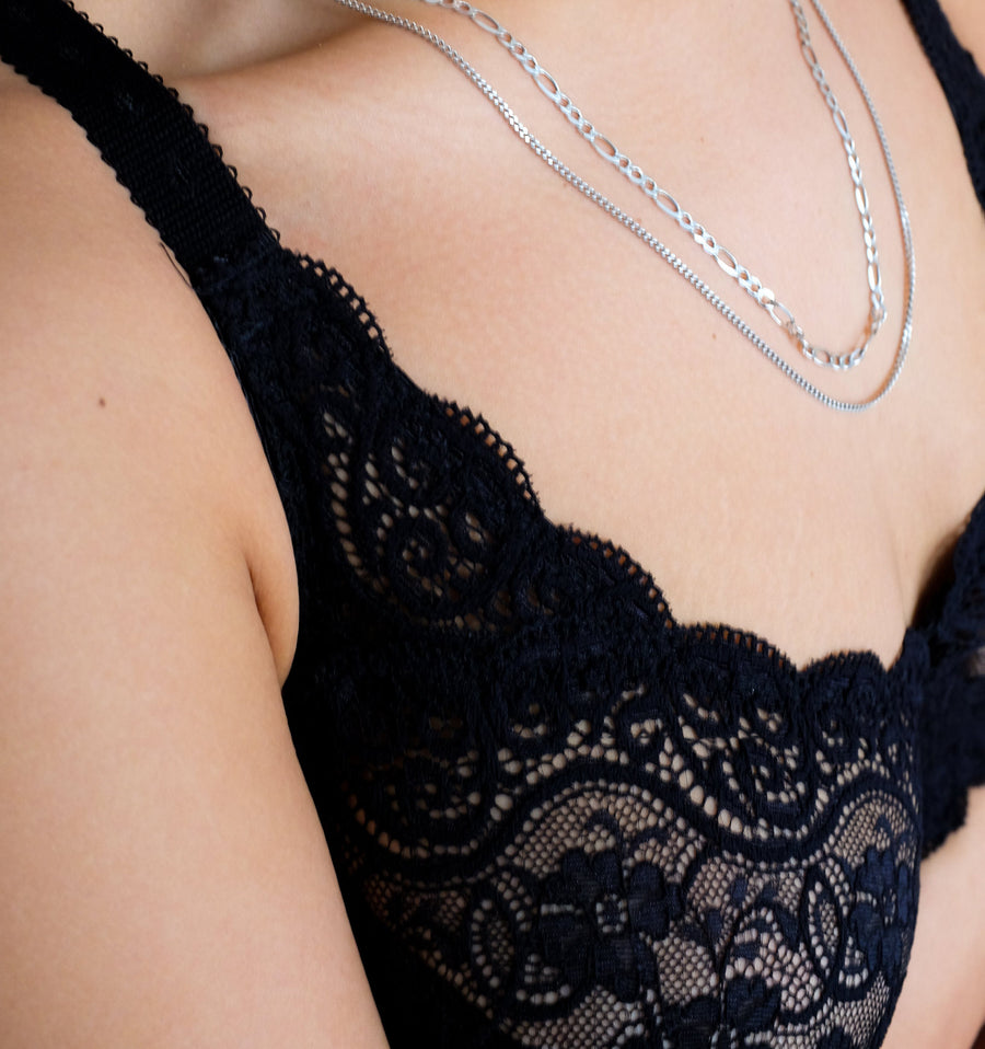 Scalloped lace full cup [Black] Bras Triumph