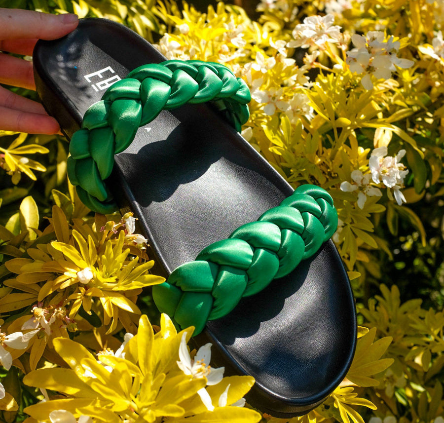 Moulded slides with contrast braid [Emerald Lycra]