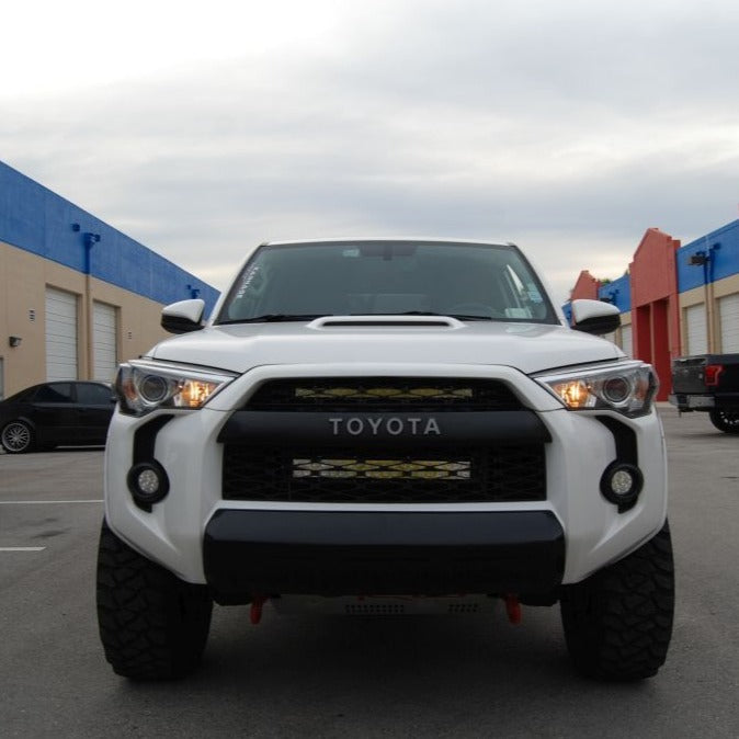 Toyota 4Runner, Upper Grille LED Light Bar Kit