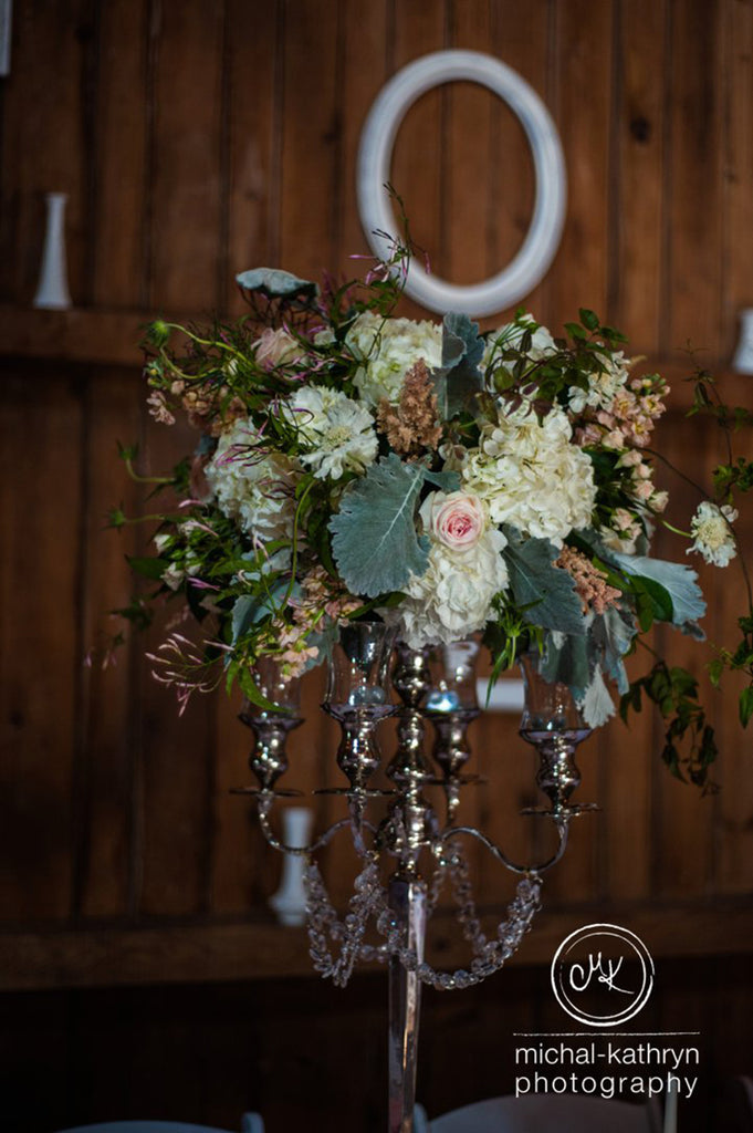 Avon Century Barn Wedding Flowers