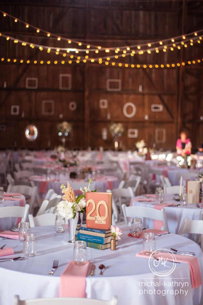 Avon-Century-Barn-Wedding-Stacy-k-Floral-15