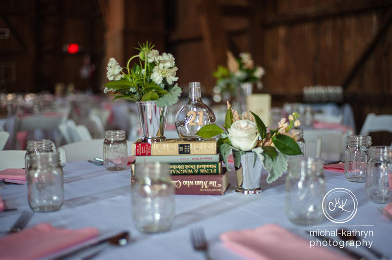 Avon-Century-Barn-Wedding-Stacy-k-Floral-4
