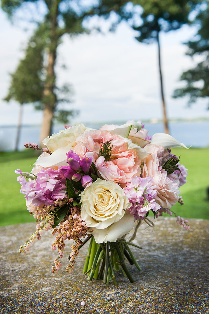 Belhurst-Castle-Wedding-Flowers-by-Stacy-K-Floral-10