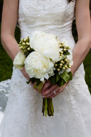 Wedding Florist Rochester NY, Glenora Winery Wedding, Wedding Wednesday