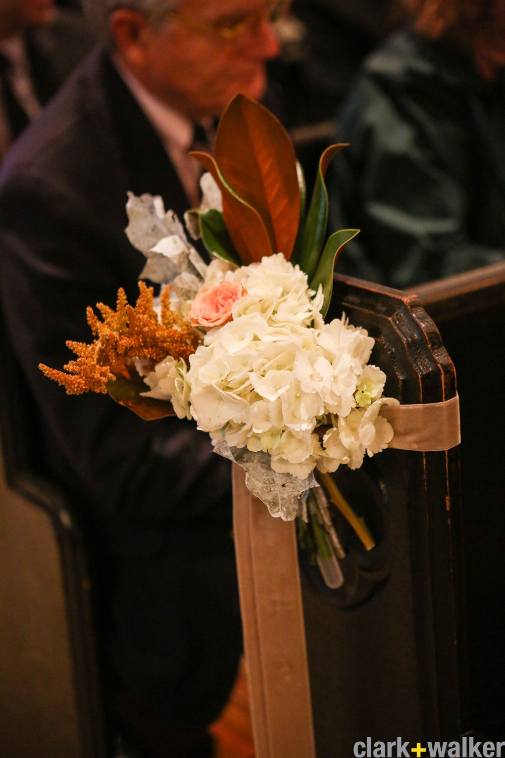 Inns of Aurora wedding flowers by Stacy K Floral (63)
