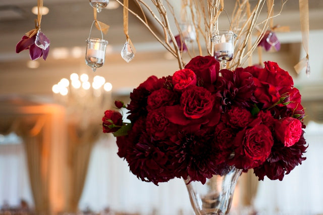 flowers by Stacy K Floral | pictures by Redstone Studios | specialty rentals by Simply Beautiful Events | Ceremony at Chapel Hill, Rochester NY | Reception at Monroe Golf Club