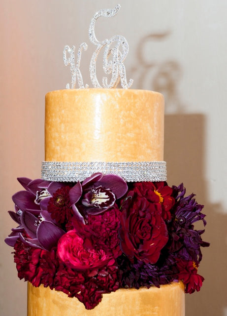 gold and red cake | flowers by Stacy K Floral | cake by Premier Pastry | pictures by Redstone Studios | Ceremony at Chapel Hill, Rochester NY | Reception at Monroe Golf Club