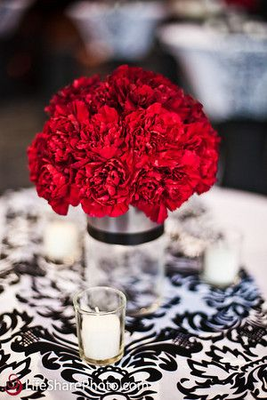 Red and Black centerpiece, Corporate events, Rochester ny corporate florist, Lou Gonzalez Photography, La luna restaurant
