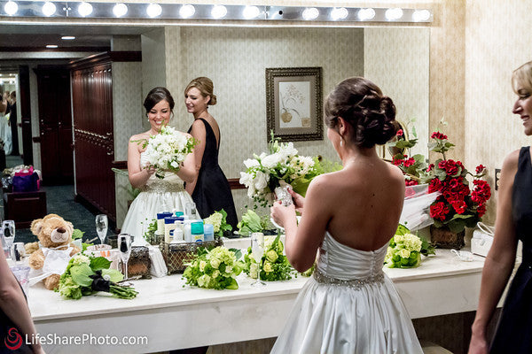 Wedding Florist, White and Green Wedding, Wedding Wednesday