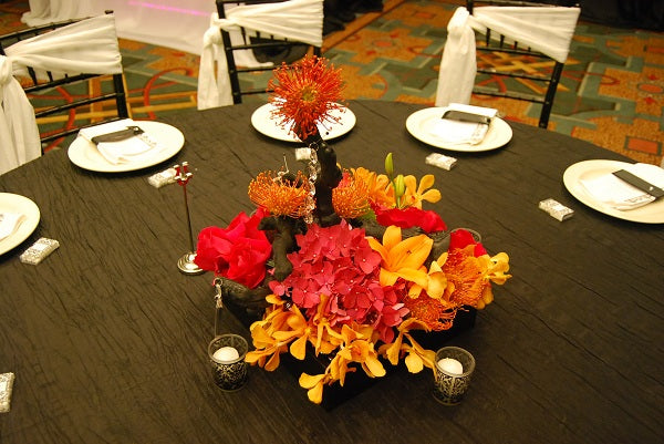 low pink and orange centerpiece