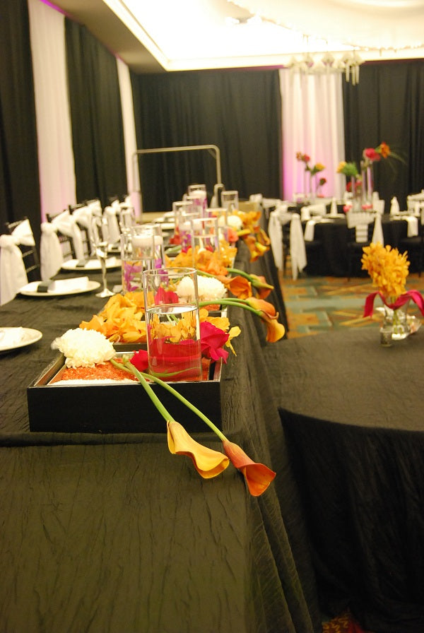 pink and orange head table
