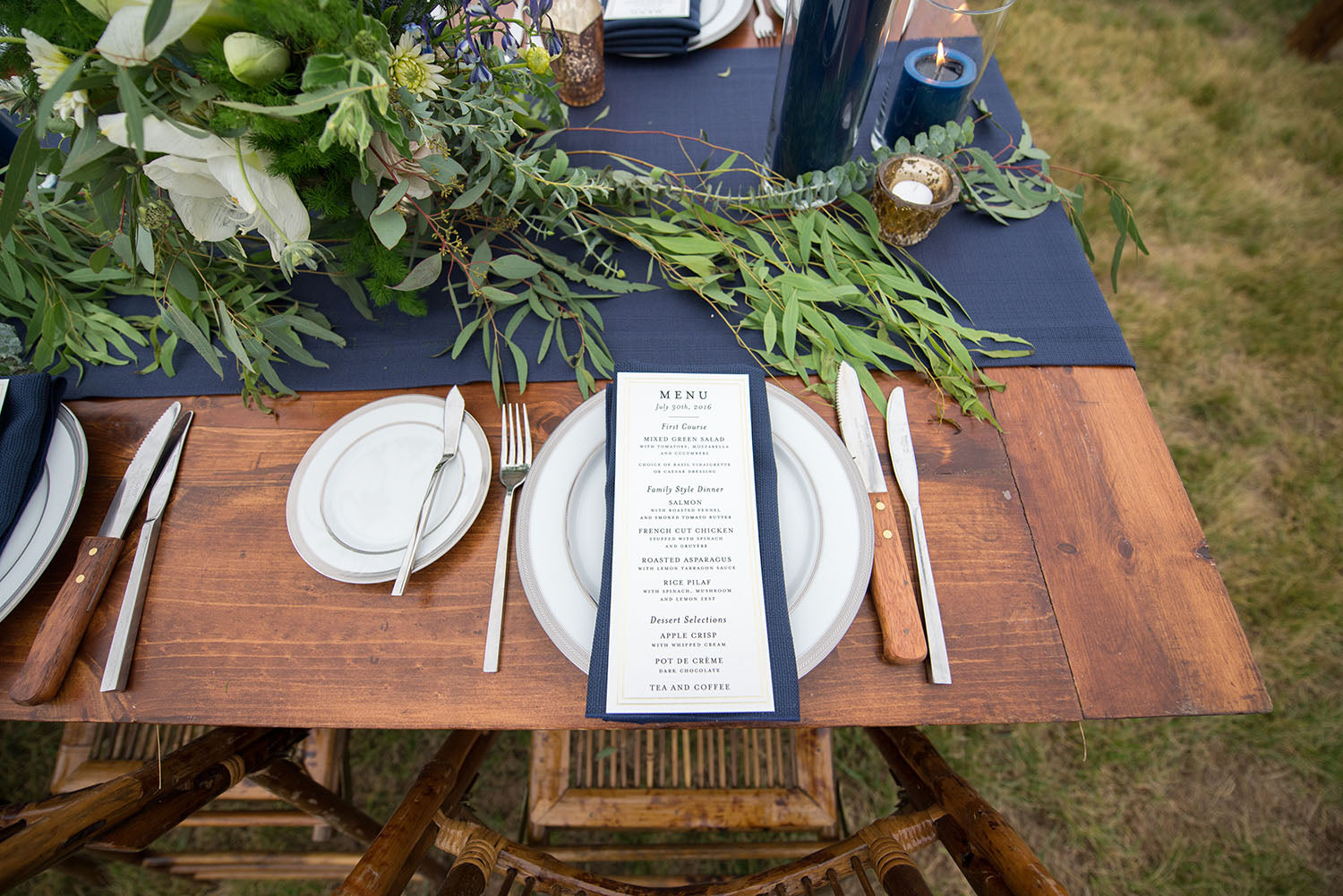 long table centerpiece in navy and white