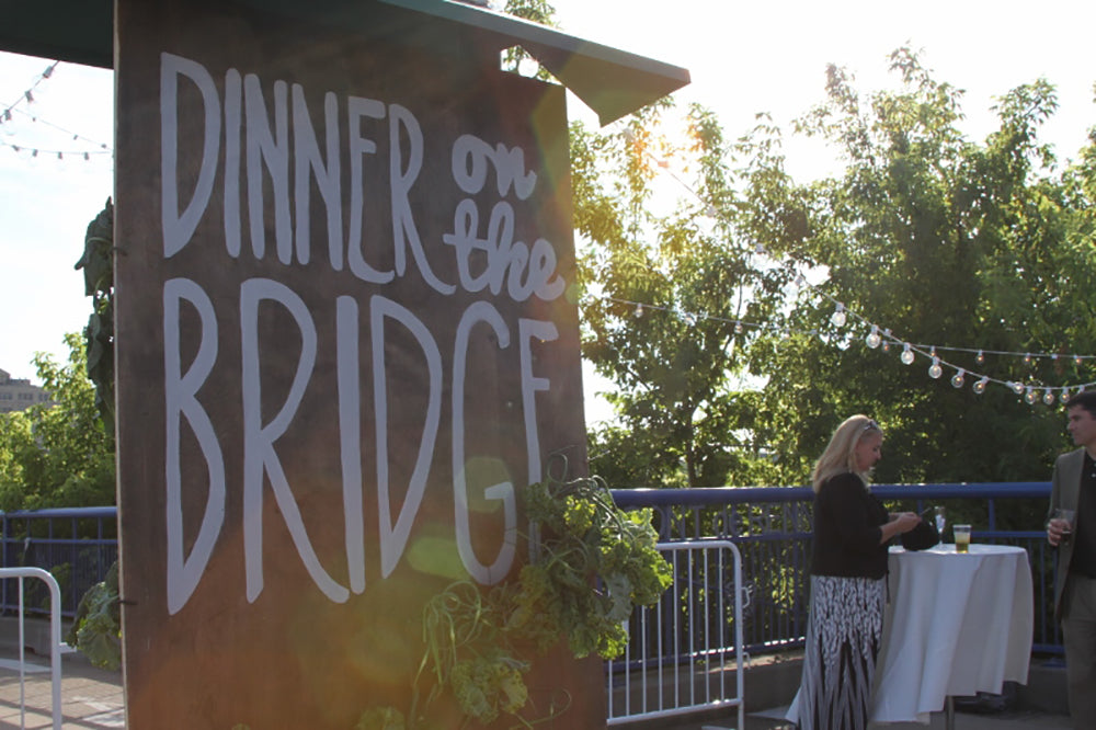 dinner-on-the-bridge-stacy-k-floral-14