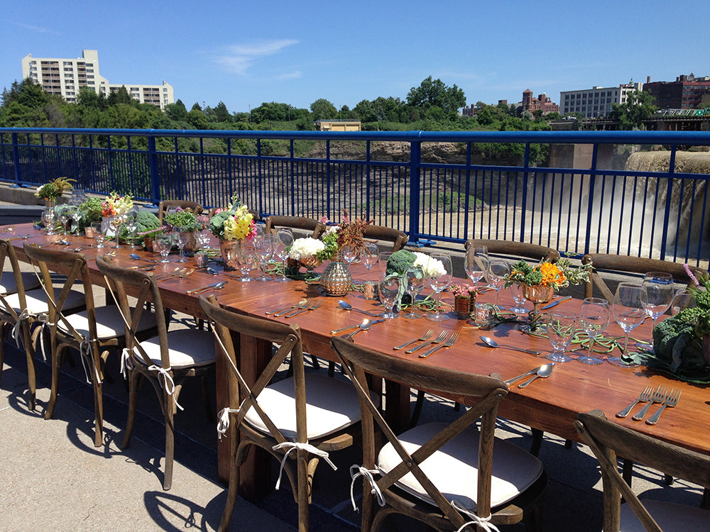 dinner-on-the-bridge-stacy-k-floral-5