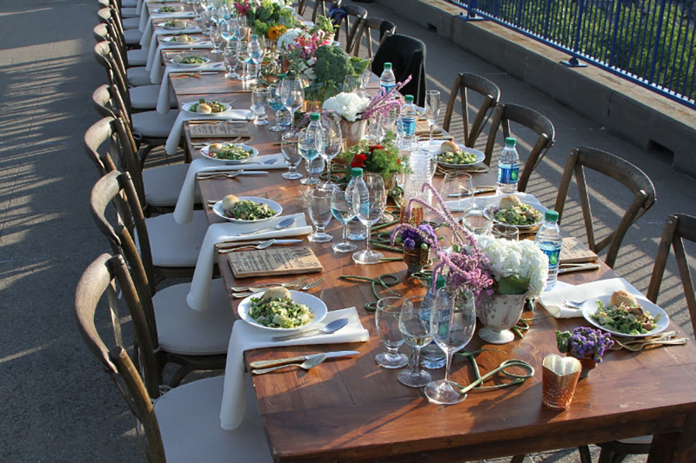 dinner-on-the-bridge-stacy-k-floral-8