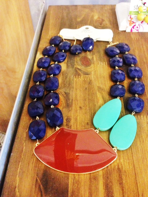 Statement Necklaces | Favorites Friday | Rochester NY Florist