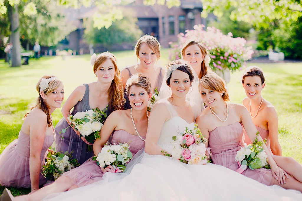 Bridal party and bouquets | flowers by Stacy K Floral | pictures by Jovial Photography | Belhurst Castle in Geneva, NY | Outdoor Wedding | Spring Wedding Flowers