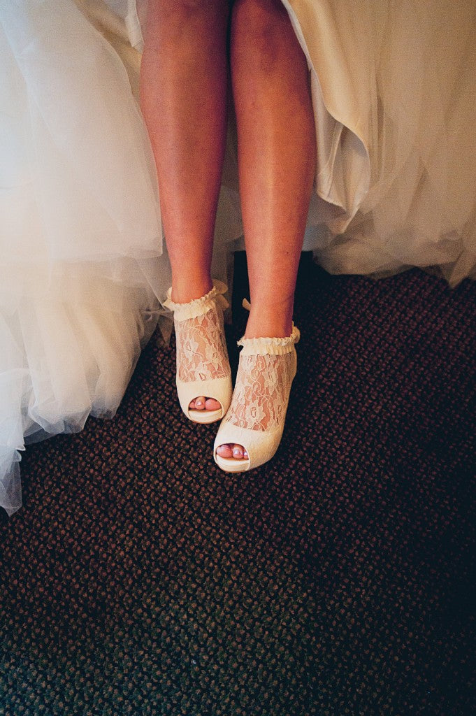 Bridal Shoes and Lace details | Pink and Grey Wedding | pictures by Jovial Photography | Belhurst Castle in Geneva, NY | Outdoor Wedding | Spring Wedding Flowers