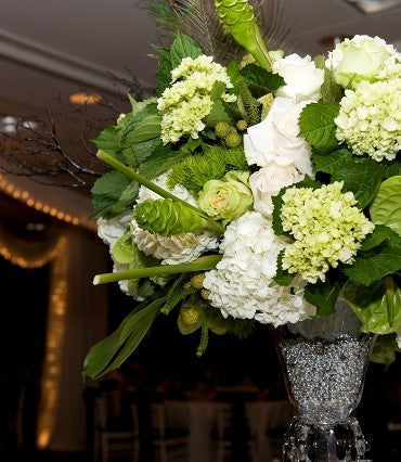 stacykfloral_white_green_wedding21-370x426