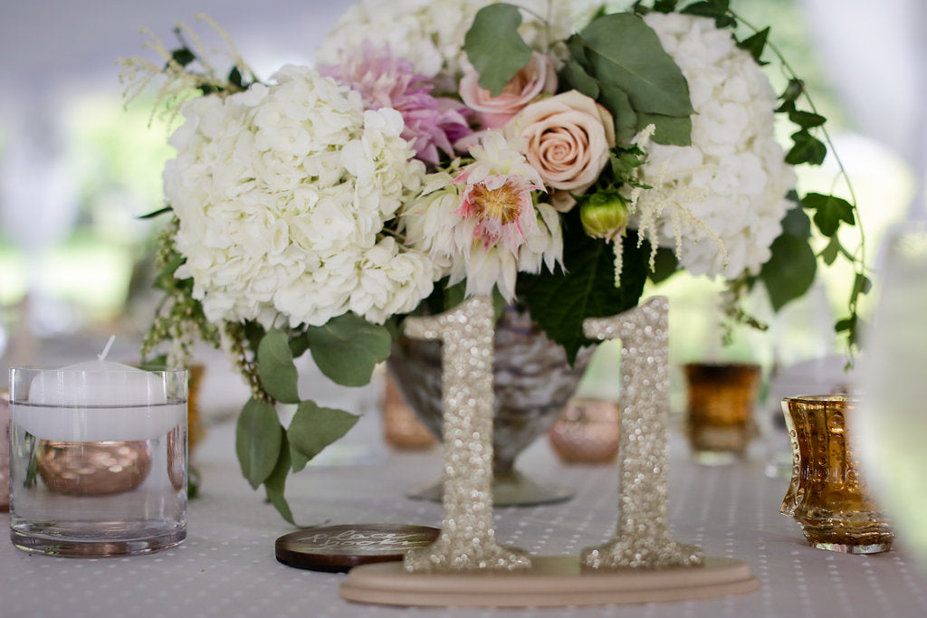 blush white and green centerpiece