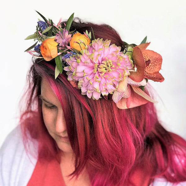 A luxury head wreath of blooms in our signature Stacy K Floral style.  It's super easy, just select the color variation your prefer, and price point and let us know any of your favorite blooms in the notes section of your order. Add all items you need to your cart and place your order for the selected delivery date.  We will take it from there.