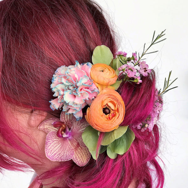 A collection of loose blooms wired and taped to add to your hair as you like in our signature Stacy K Floral style.  It's super easy, just select the color variation your prefer and let us know any of your favorite blooms in the notes section of your order. Add all items you need to your cart and place your order for the selected delivery date.  We will take it from there.