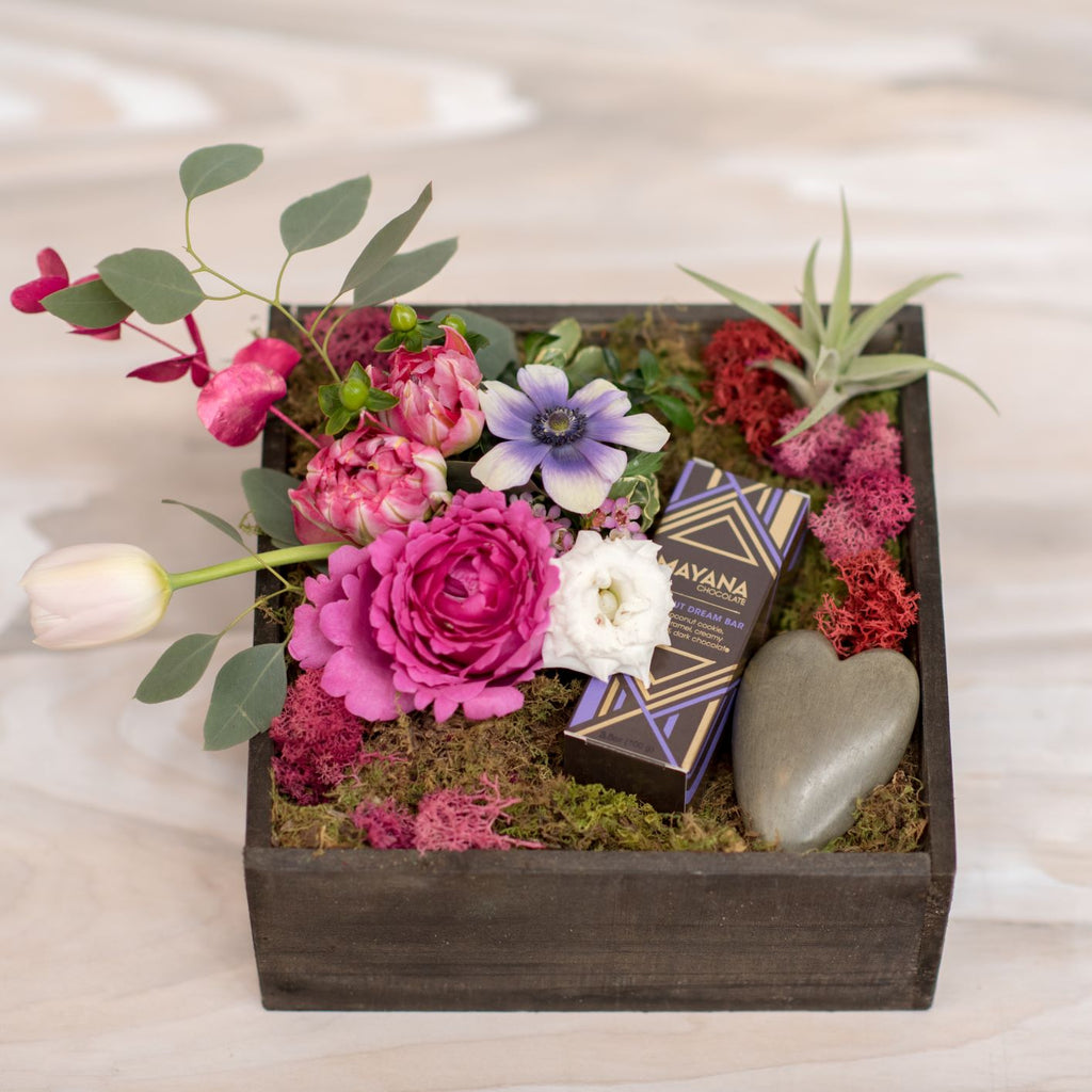 True Love Gift Box - STACY K FLORAL