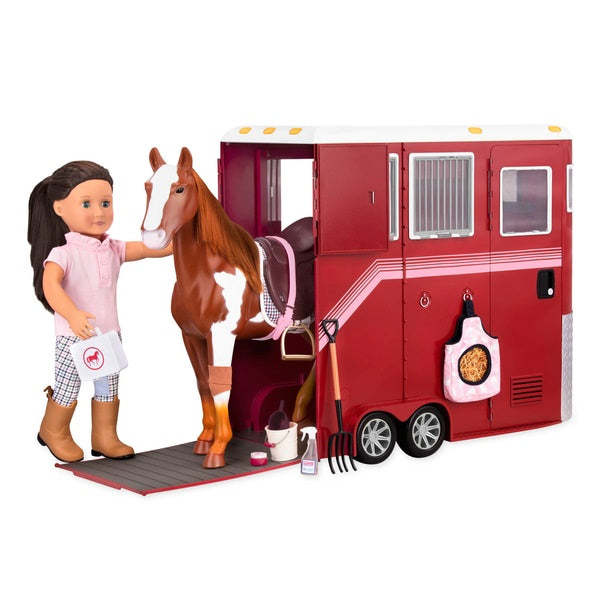 Mane Attraction Horse Trailer Set