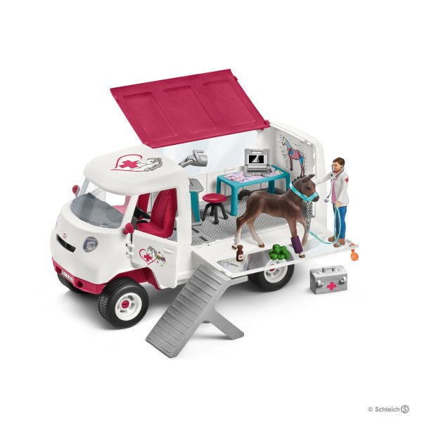 Schleich 42370 Horse Club Mobile Vet with Hanoverian Foal