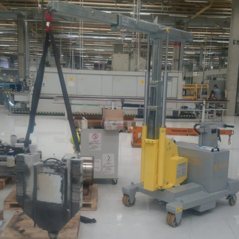 Electric Crane GB 500_TR VERTICAL Series for Molds up to 500 kg