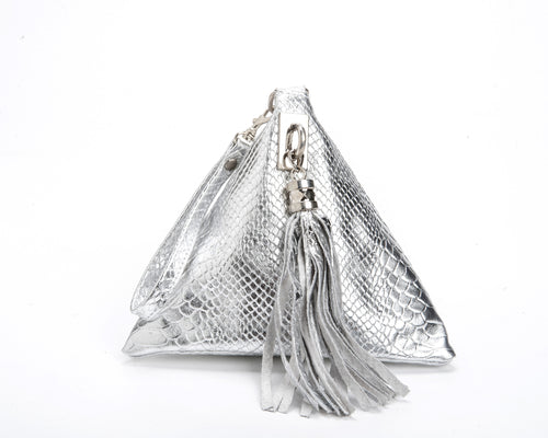 LAST 2 PIECES ! Triangular - Silver