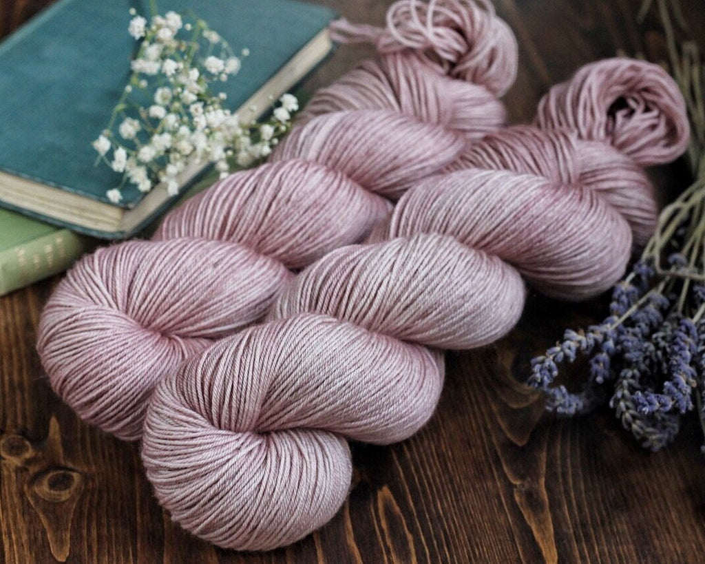 Classic Wool Worsted 50 gram skein - Persuasion