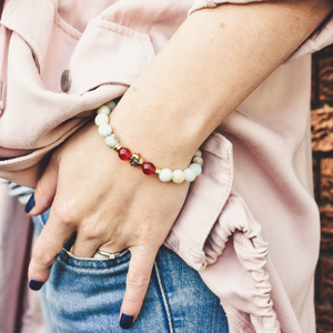 Lifestyle White and Red Focus bracelet