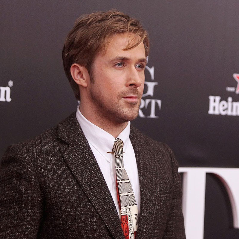 Ryan Gosling wearing tweed jacket (Photo credit: esquire.com )