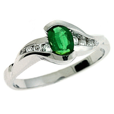 Emerald & Dimaond Ring