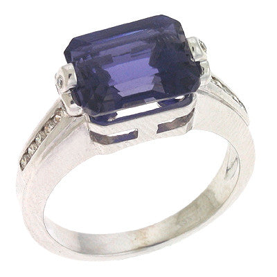 Iolite./diamond Ring