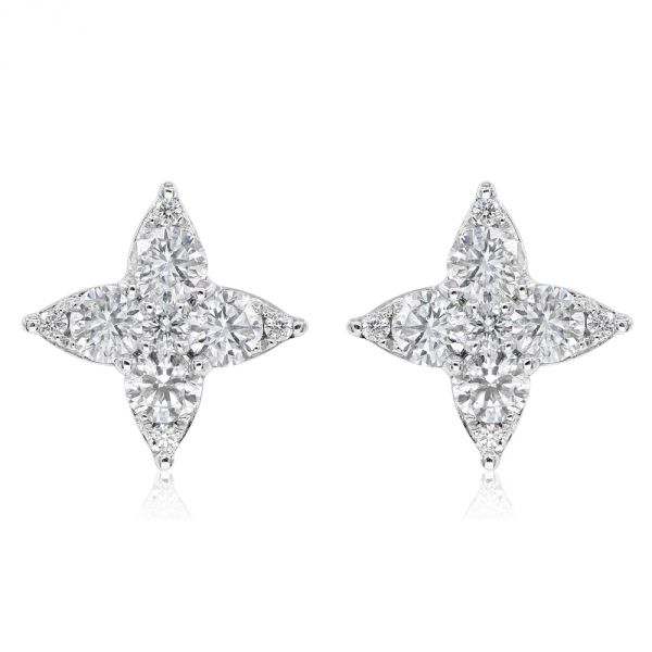 14K White Gold Diamond Earrings.#1099-E22033A