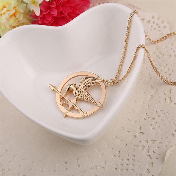 2016 New Hot Selling European and American popular Retro Punk Style hunger game bird Necklace for men and women wholesale