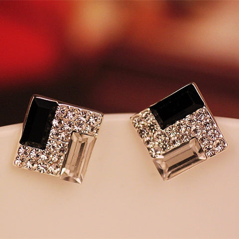 ER251  Korean fashion wild OL elegant black and white square crystal stud earrings for Women jewelry
