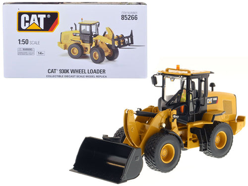 CAT Caterpillar 930K Wheel Loader with Interchangeable Work Tools: Bucket and Fork and Operator High Line Series 1/50 Diecast Model by Diecast Masters