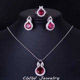 Silver Jewelry Set With Cubic Zirconia Diamond