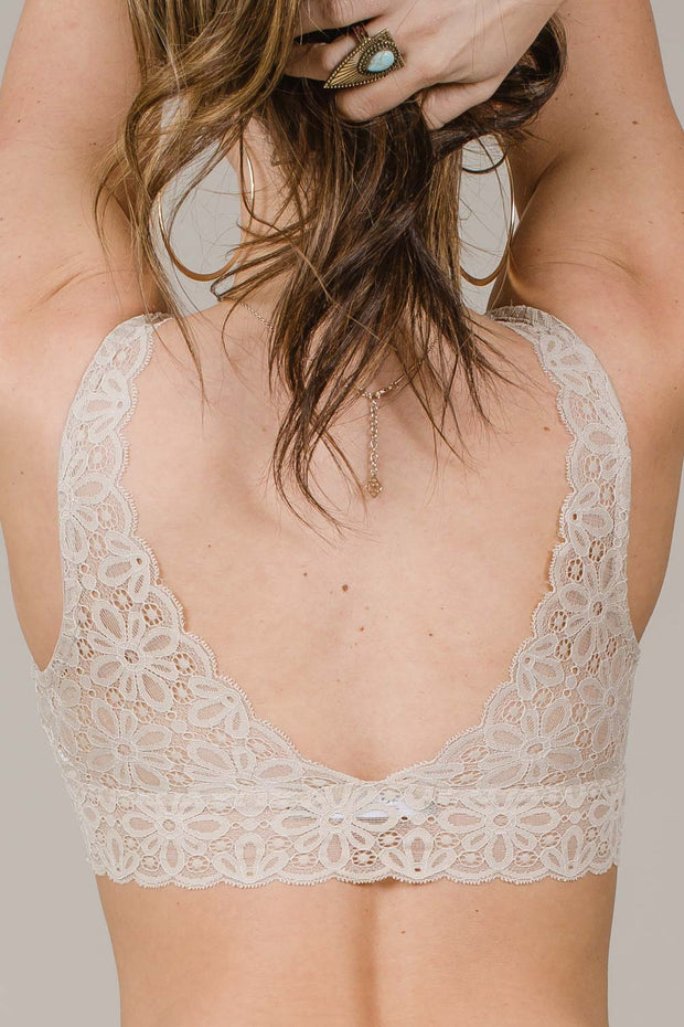Dreaming Of Lace Bralette (3 Colors)