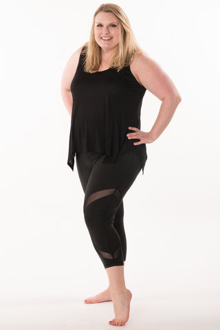Mesh Capri Leggings - Plus