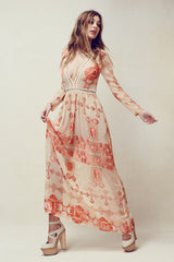 V-Neck Chiffon Vacation Dress, V-Neck, Long Sleeve, Printed Dress, Long Dress