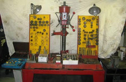IDL Seat & Guide Machine,,Schwanke Engines LLC- Schwanke Engines LLC