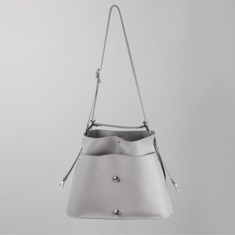 Knapp Bucket Bag
